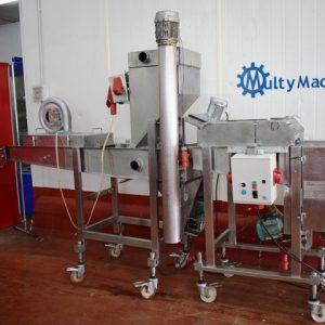 Línea de empanado y encolado Koppens, constituida por dos máquinas: una encoladora y una empanadora pero pueden trabajar por separado